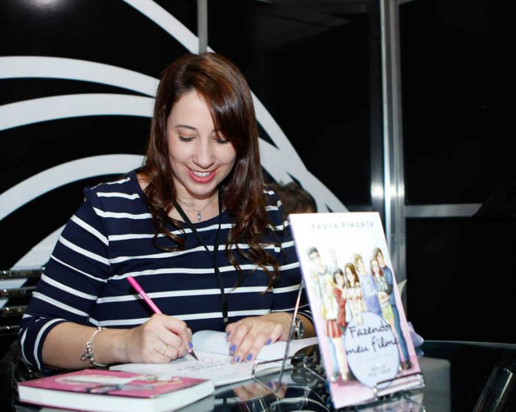 paula_pimenta_autografo