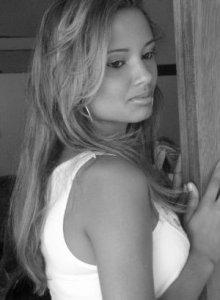 Camila-Moreira