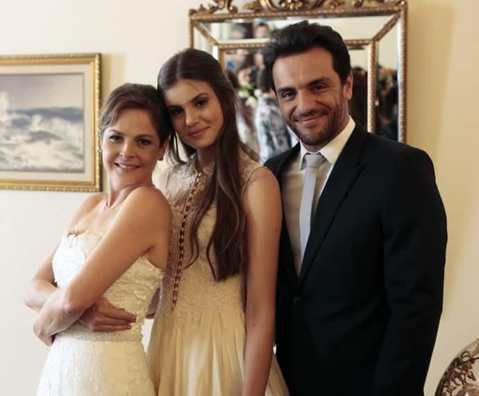 Verdades secretas Angel, Alex e Carolina