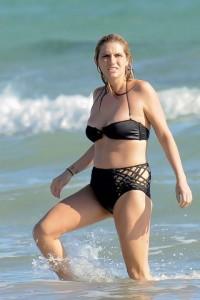 Kesha.acima.do.peso