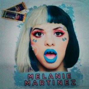 Lembranças do Show: Par de ingressos e Camiseta Melanie Martinez