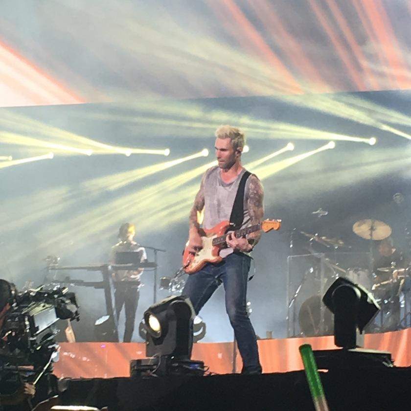 Adam Levine durante performance no Allianz Park - São Paulo / 2016
